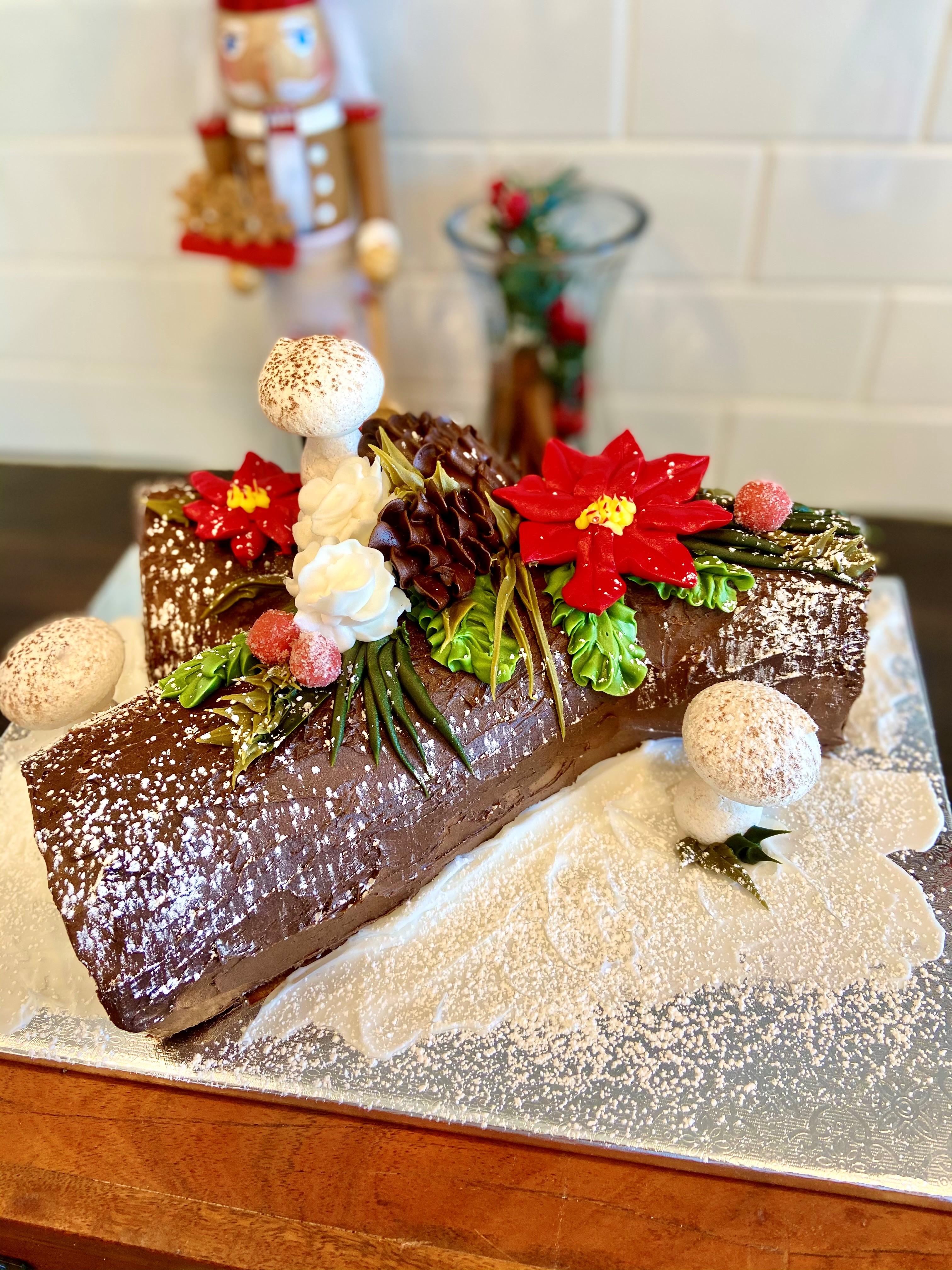 Chocolate Buche De Noel Cbdn1