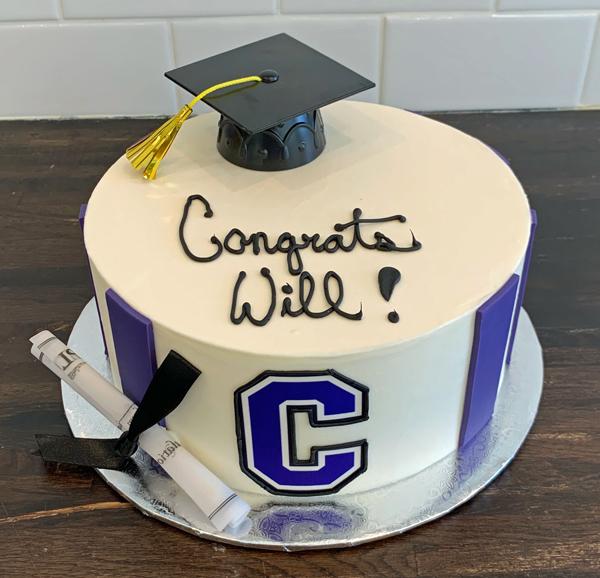 Graduate Logo Cake 1 GRADLOGOCAP1