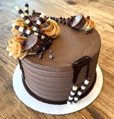 Peanut Butter Cup Cake PENBUTCPCK