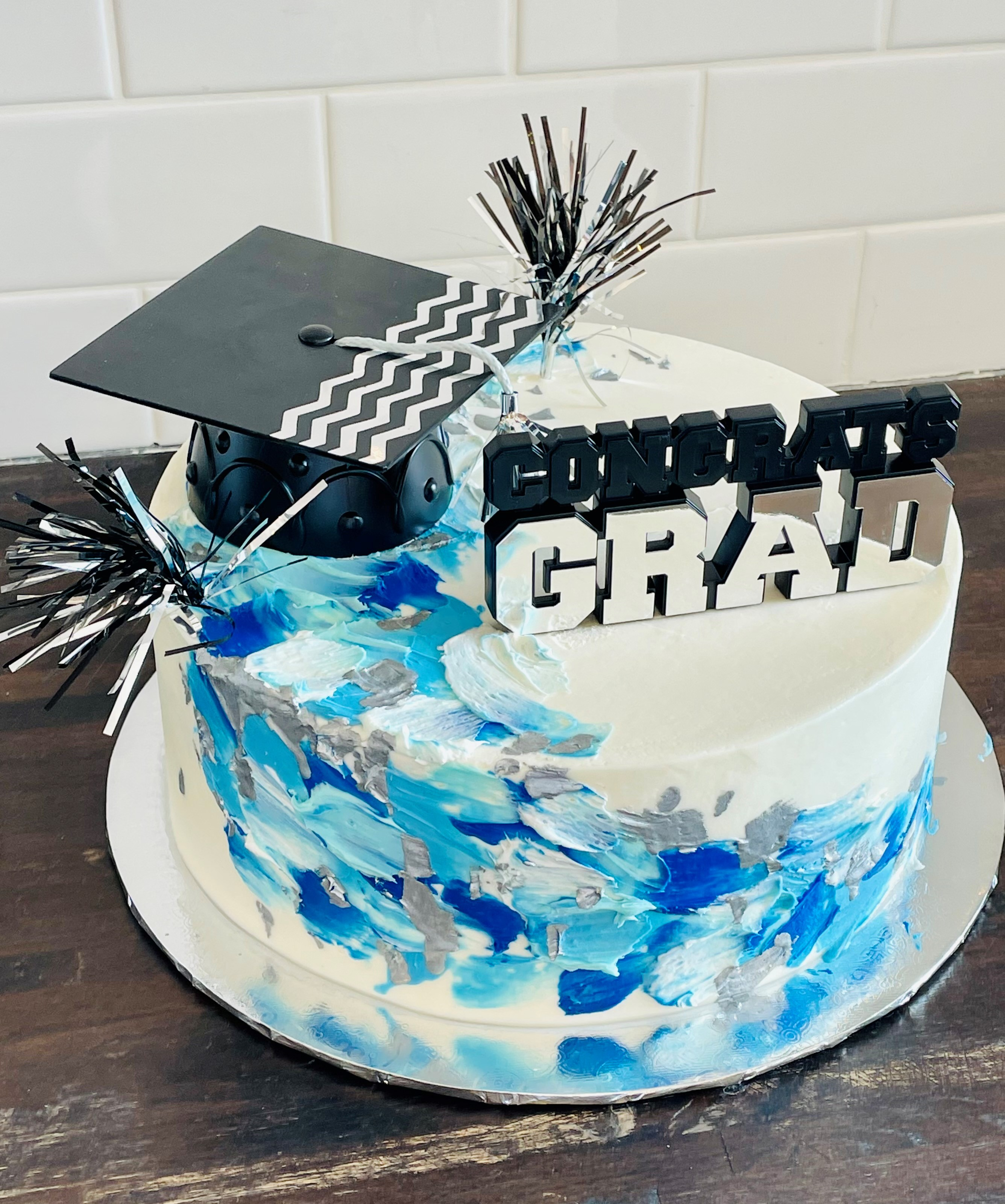 Painted Grad (blue and silver) bgrad1