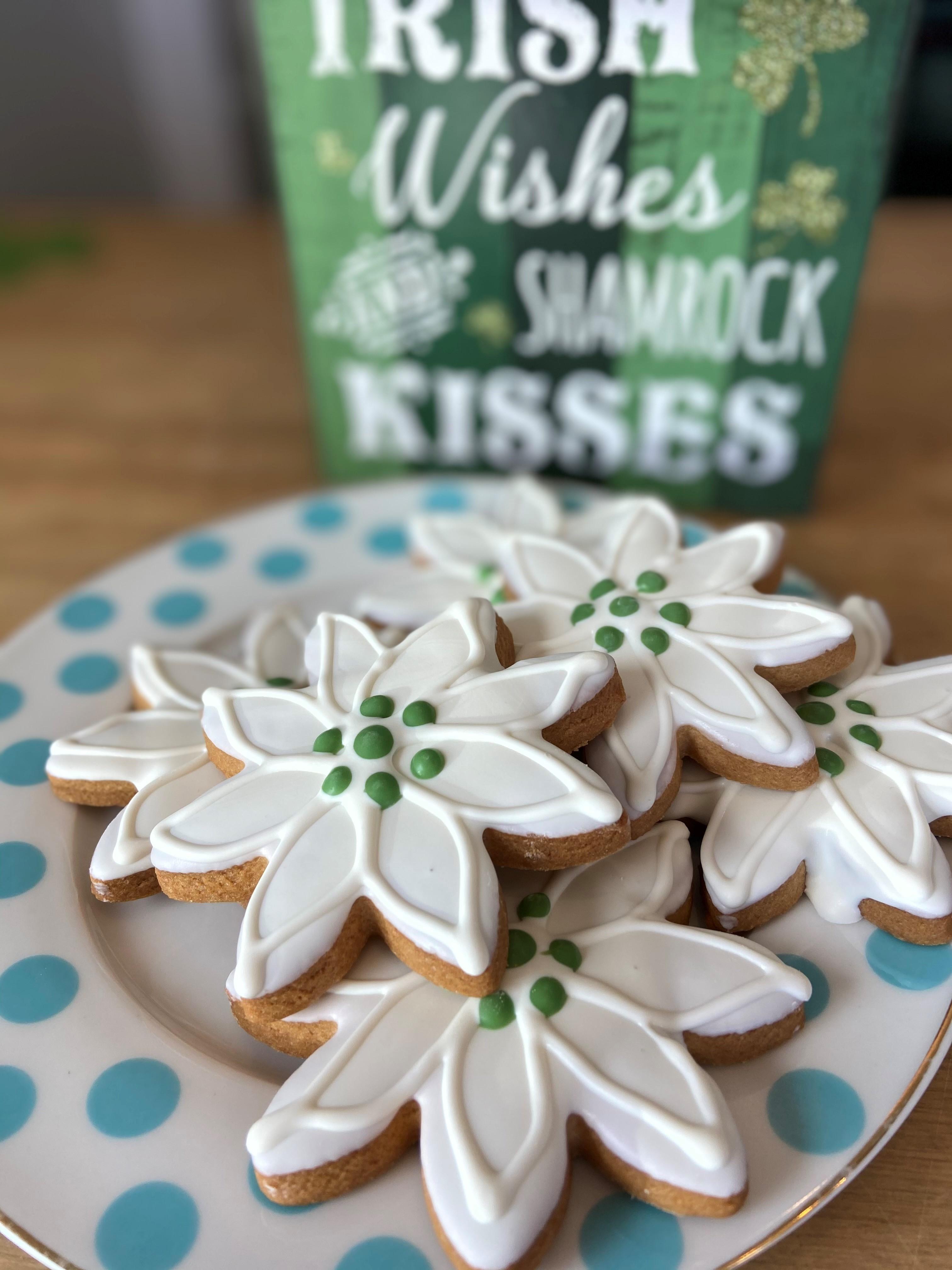 Festive Floral Cookies (6) dcook1